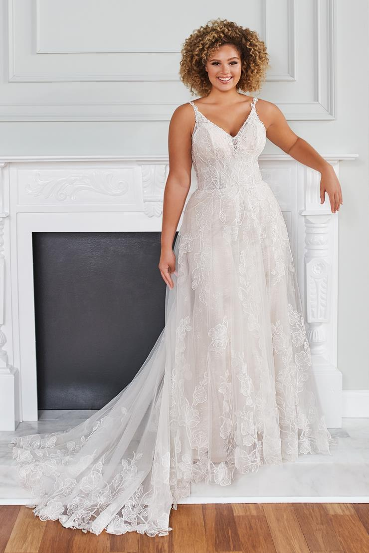 Amelie Unique fit and flare wedding dress wtih sheer A-line skirt and floral lace