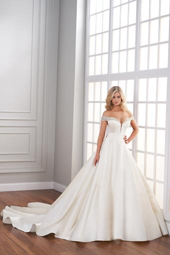 Aurelle Full ball gown with off-the-shoulder sweetheart plunging neckline with beading at the neck