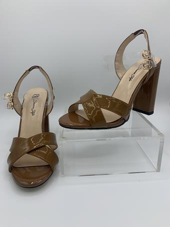 Diverse Style by Sydni Dion  Chunky Heel Low JS01