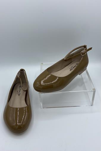 Diverse Style by Sydni Dion  Classic Flat 245