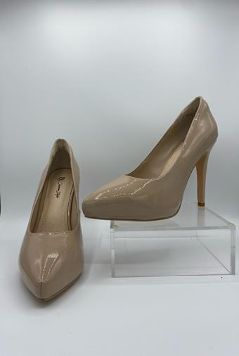 Diverse Style by Sydni Dion  Classic Pump 1965