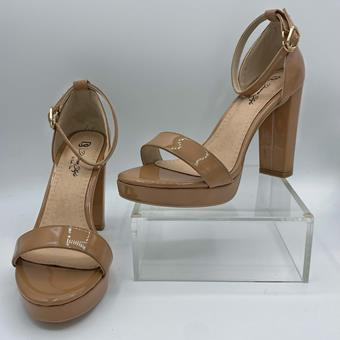 Diverse Style by Sydni Dion  Sweetie Heel 0226