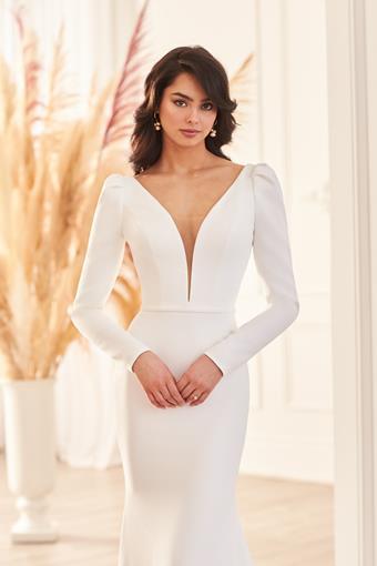 Paloma Blanca Style #4950