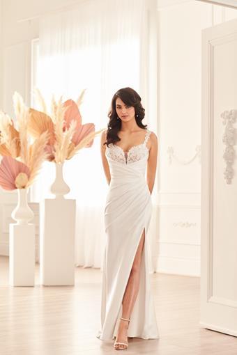 Paloma Blanca Style #4951