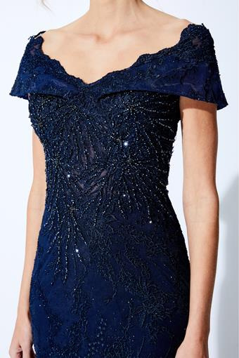 Ivonne D Style #221D42