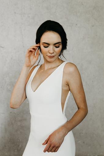 Alyssa Kristin Style Avery