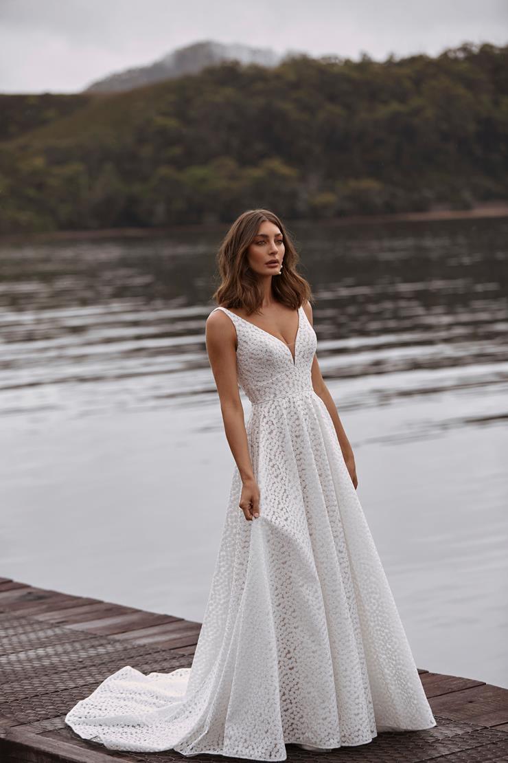 Madi Lane Style #Clara Image