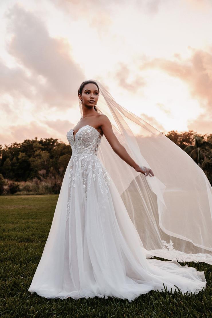 Allure Bridals Style No. 9852