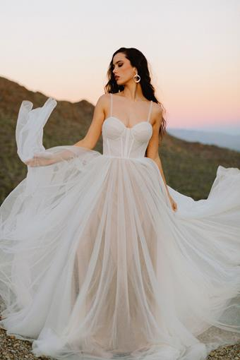 Allure Wilderly Bride F235