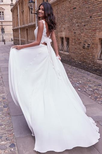 Adore by Justin Alexander Style no. 11165