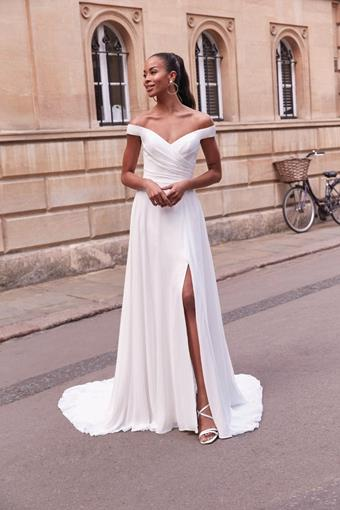 Adore by Justin Alexander Style 11167