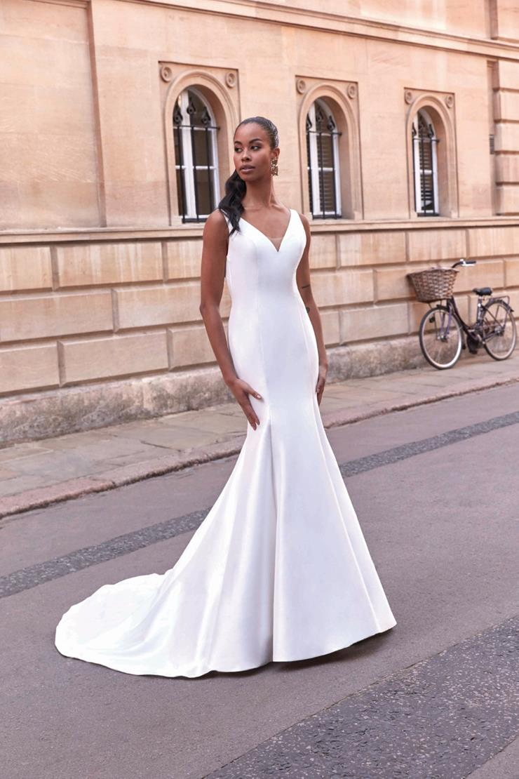 Adore by Justin Alexander Style 11168  Image