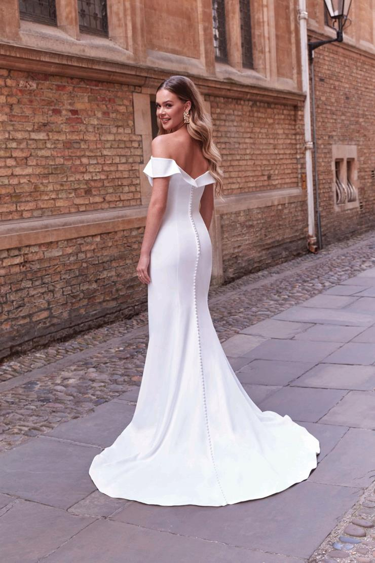 Adore by Justin Alexander Style 11171  Image