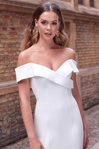 Adore by Justin Alexander Style #11171