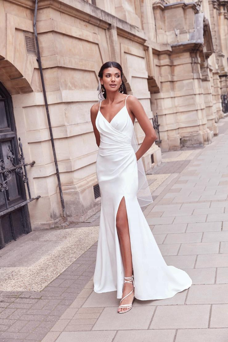 Adore by Justin Alexander Style 11173  Image