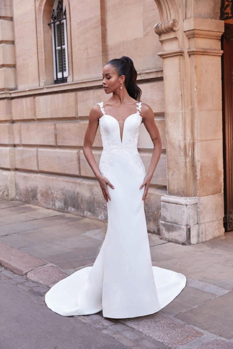 Adore by Justin Alexander Style 11174  Image