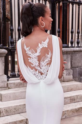Adore by Justin Alexander Style #11177
