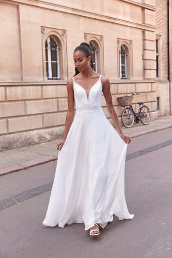 Adore by Justin Alexander Style #11178