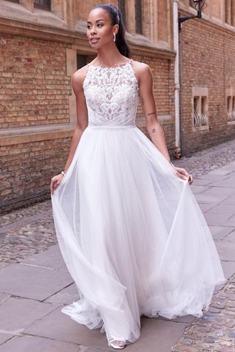 Adore by Justin Alexander Style No. 11182