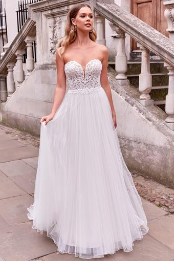 Adore by Justin Alexander Style no. 11187