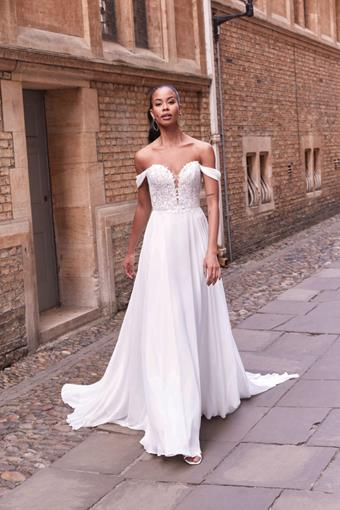 Adore by Justin Alexander Style 11189