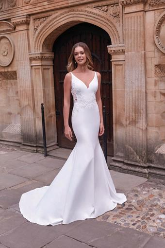 Adore by Justin Alexander Style 11191