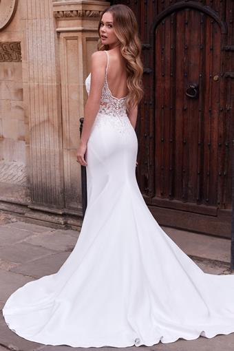 Adore by Justin Alexander Style #11191