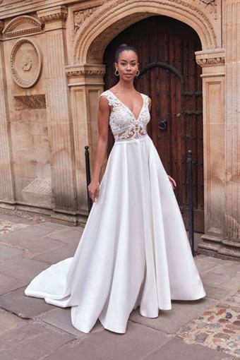 Adore by Justin Alexander Style #11192