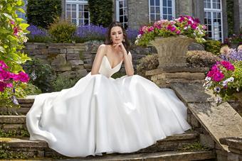 Caroline Castigliano Style #Caroline Castigliano