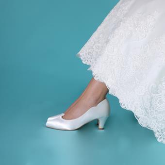 Perfect Bridal #Adalyn