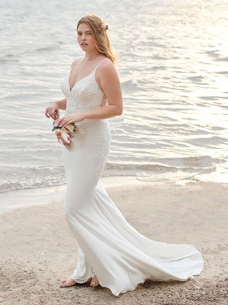 Rebecca Ingram Style #Carmen Lynette Image