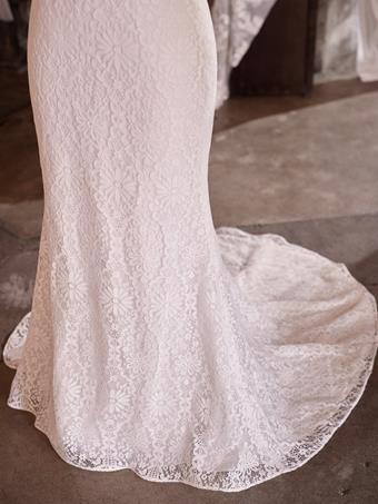 Rebecca Ingram #Esmeralda