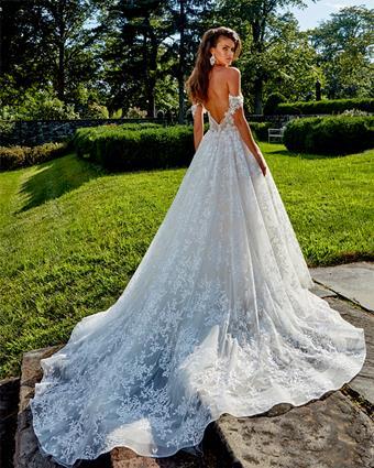 Amalia Carrara Style #375