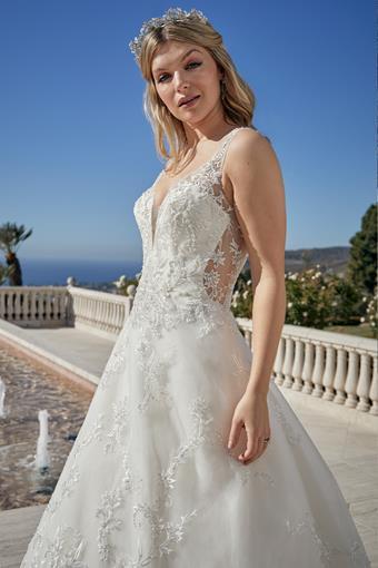 Casablanca Bridal #2451