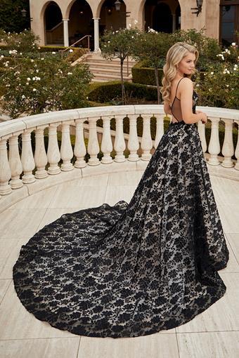 Casablanca Bridal 2457