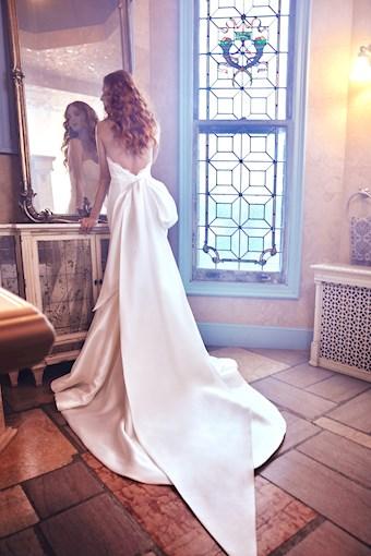 Sareh Nouri Style #Paulina