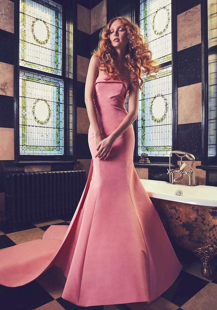 Sareh Nouri Style #Peony  Image