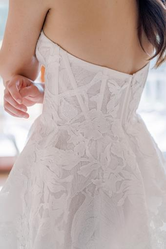 Anne Barge Couture Style #La Femme