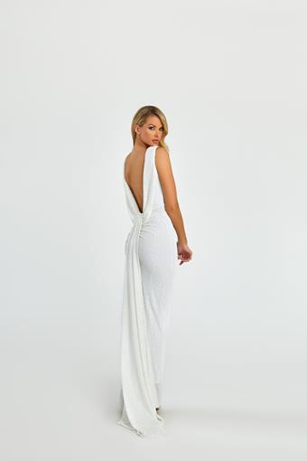 Nicole Bakti Style #6965