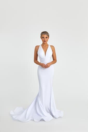 Nicole Bakti Style #6993