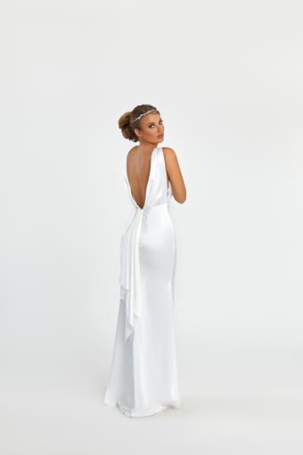 Nicole Bakti Style #7035