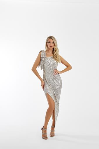 Nicole Bakti Style #7060
