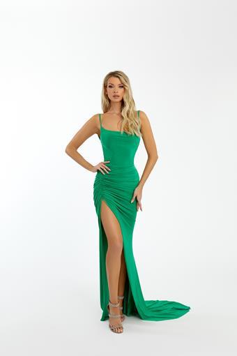 Nicole Bakti Style #7073