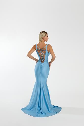 Nicole Bakti Style #7084