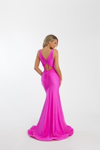 Nicole Bakti Style #7085
