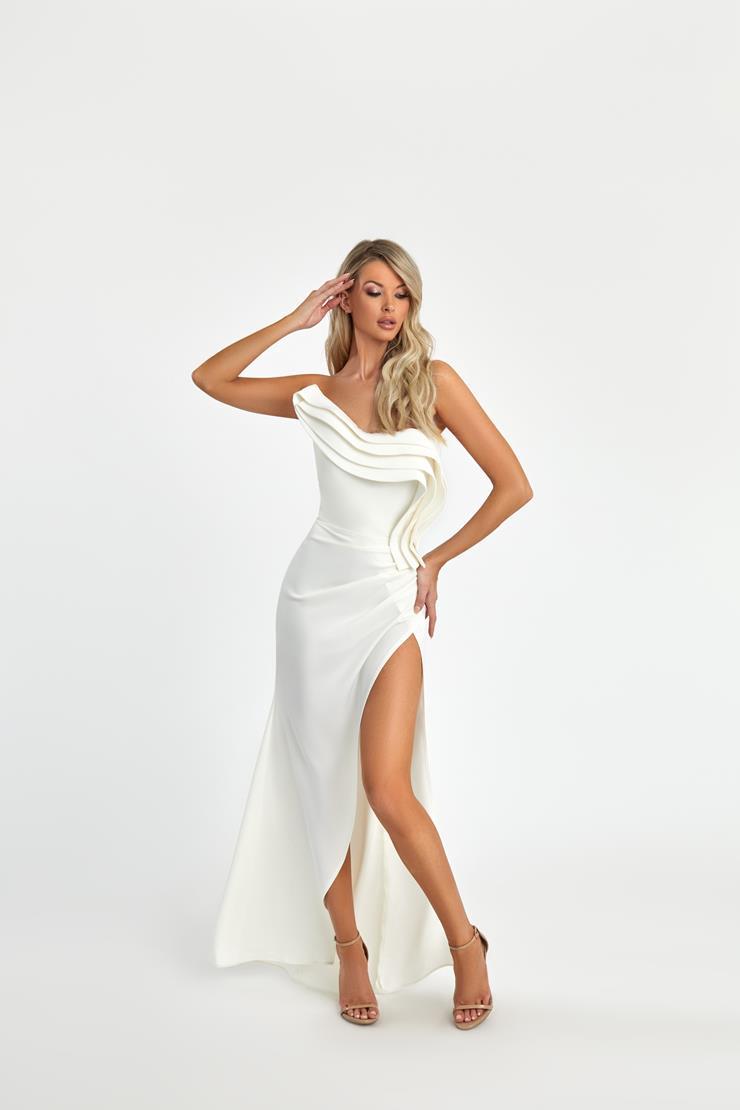 Nicole Bakti Style #7093