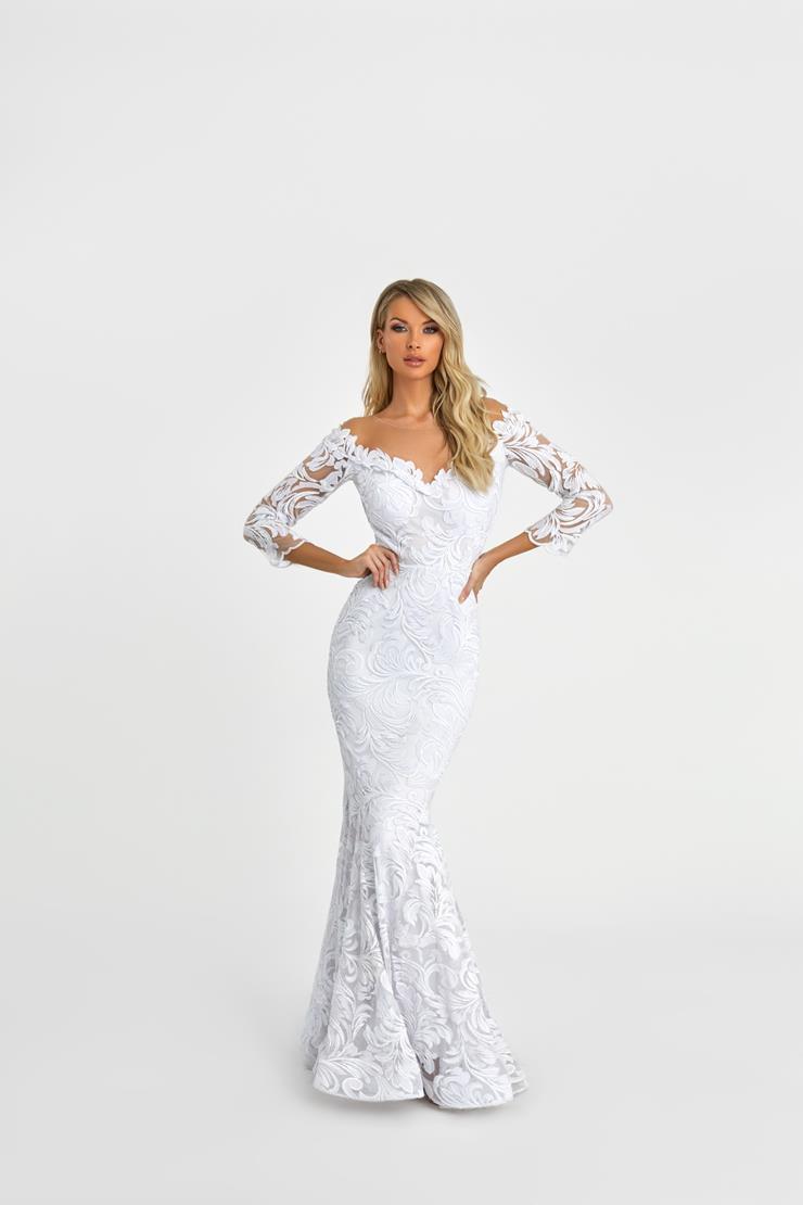 Nicole Bakti Style #7097