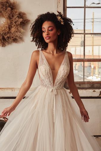 L'Amour by Calla Blanche Style #LA21220