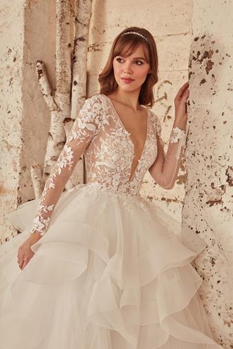 L'Amour by Calla Blanche Style #LA21221