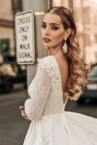 Elly Bride Style no. Cameron